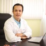 Ginecólogo en Quito Dr. Ismael Escandón